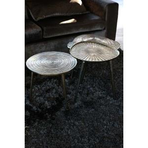 Rond metalen tafeltje