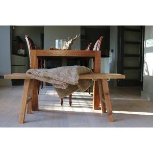 Sober houten bank