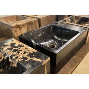 Waskom versteend hout zwart