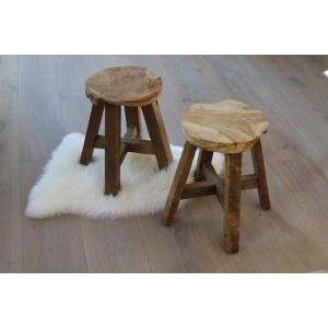Rond houten krukjes